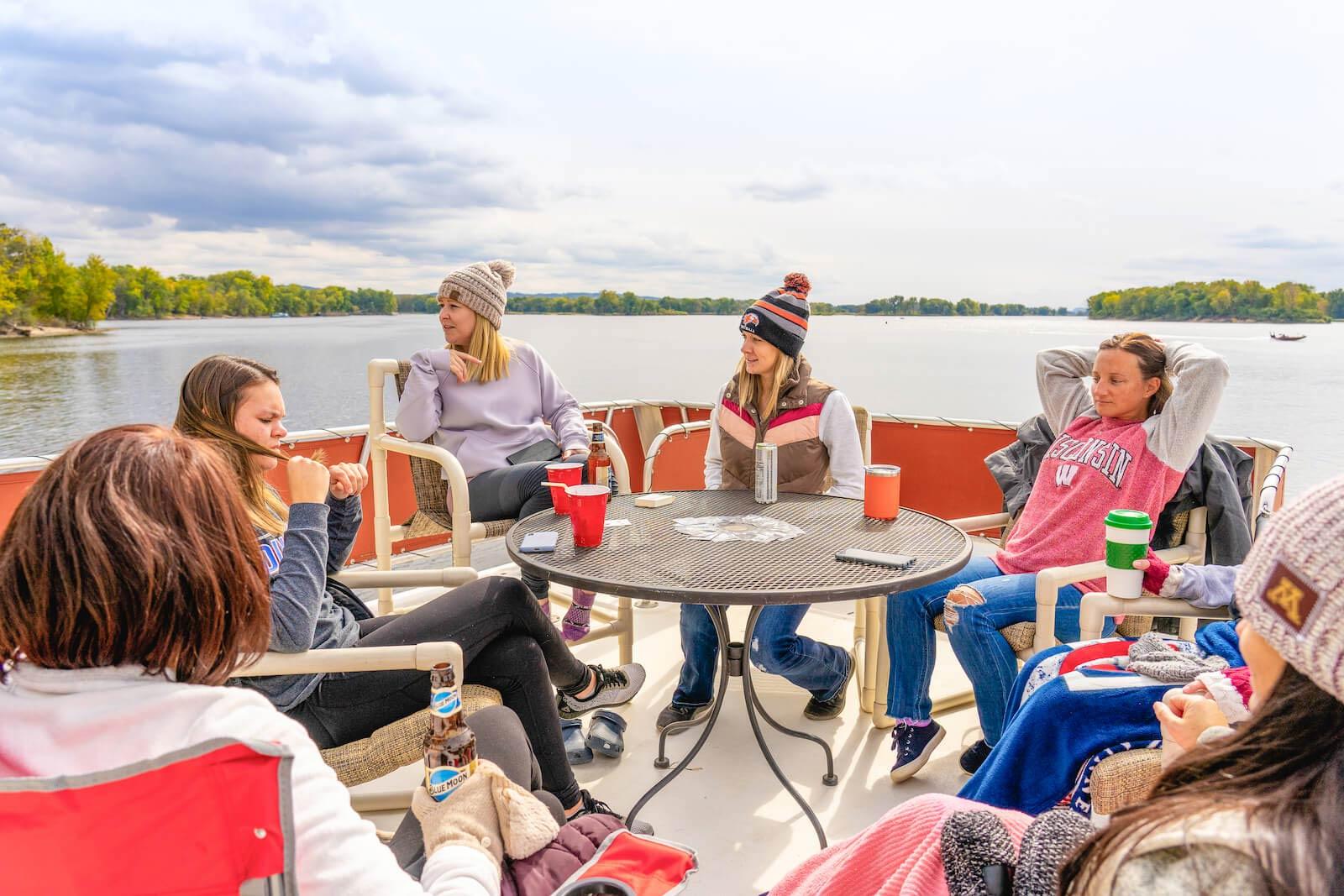 S&S Houseboat Rental