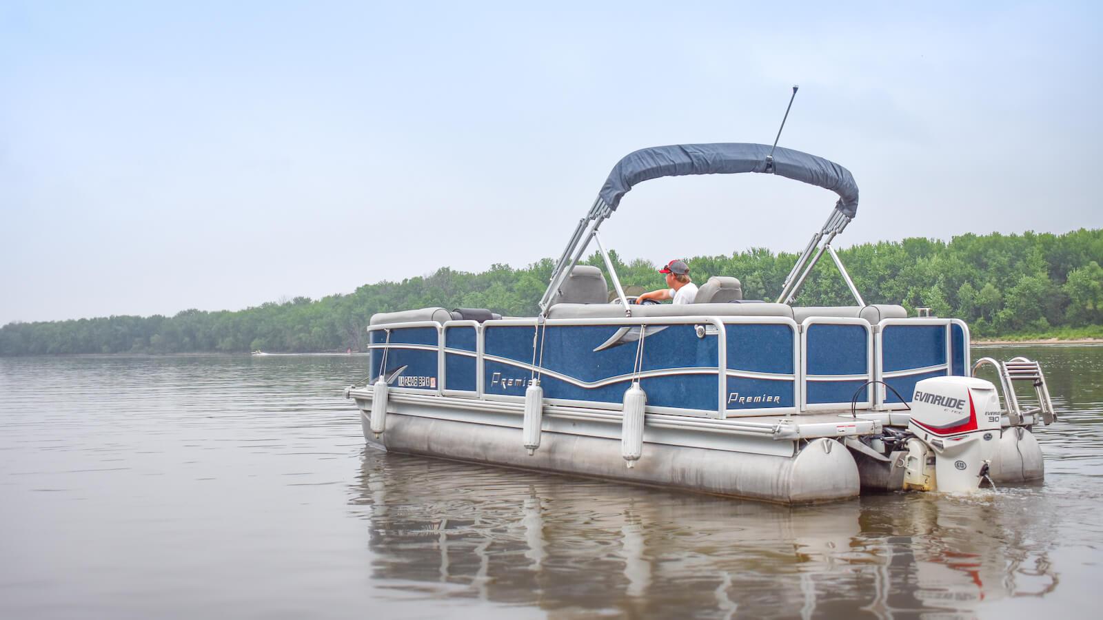 S&S Rentals blue pontoon boat